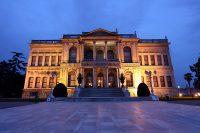 Дворец Долмабахче в Стамбуле 07.jpg