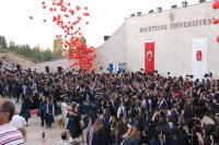 Университет в Анкаре Hacettepe.png