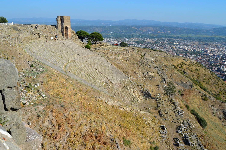 Пергам Турция. Пкрополь. Вид на театр