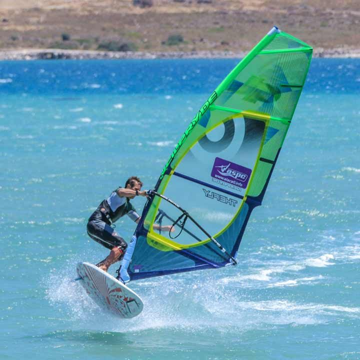 Клуб серфинга Алачаты | Alaçatı Surf Paradise Club