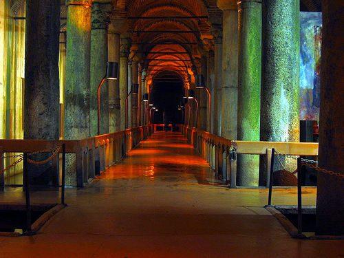 Цистерна Базилика в Стамбуле (9).jpg