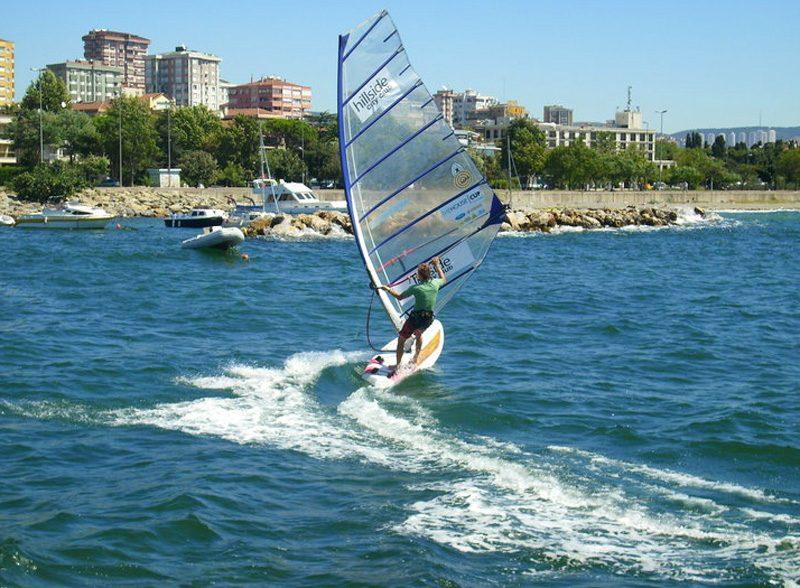 Виндсерфинг клуб Суадийе | Suadiye Rüzgar Sörfü Klübü