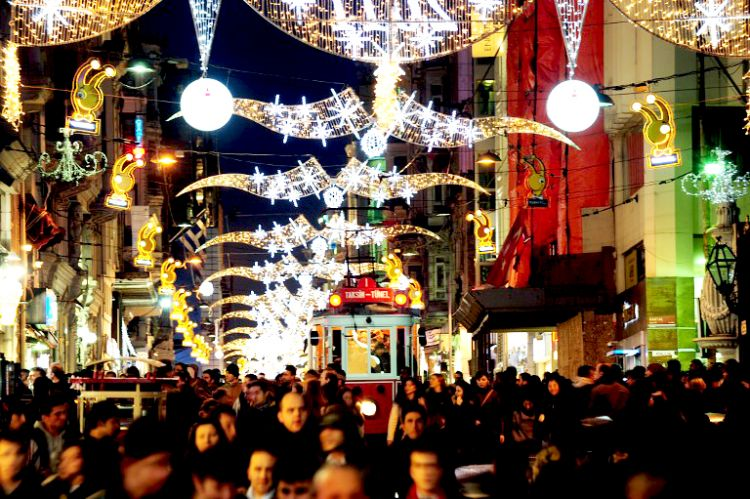 Новый год в Стамбуле. Улица Истиклал
