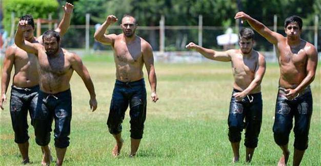 Турецкий фестиваль масляной борьбы